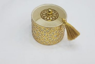Boite ronde dorée