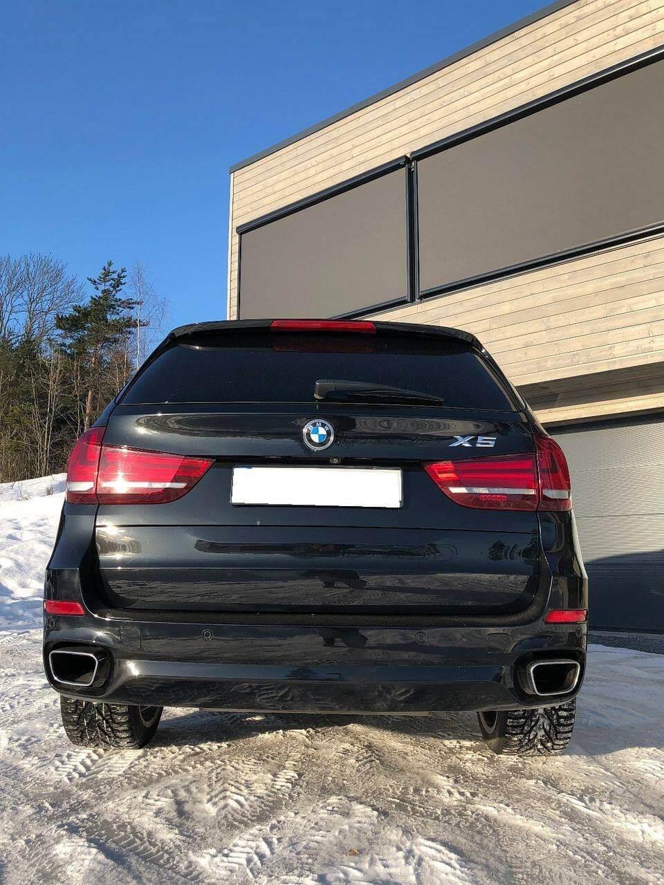BMW X5 Couleur Noir climatisation