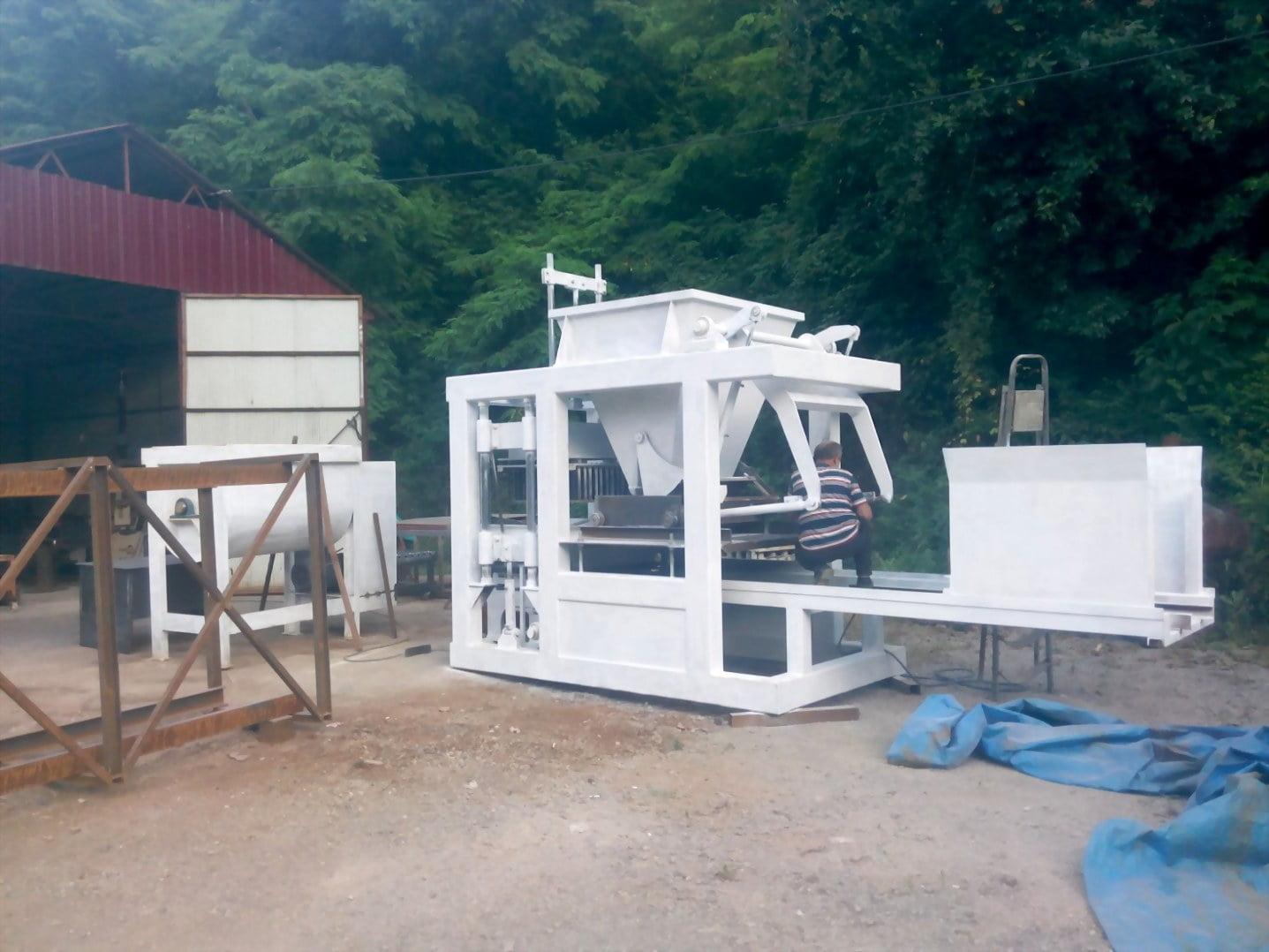 Machine de parpaing, pavé autobloquants