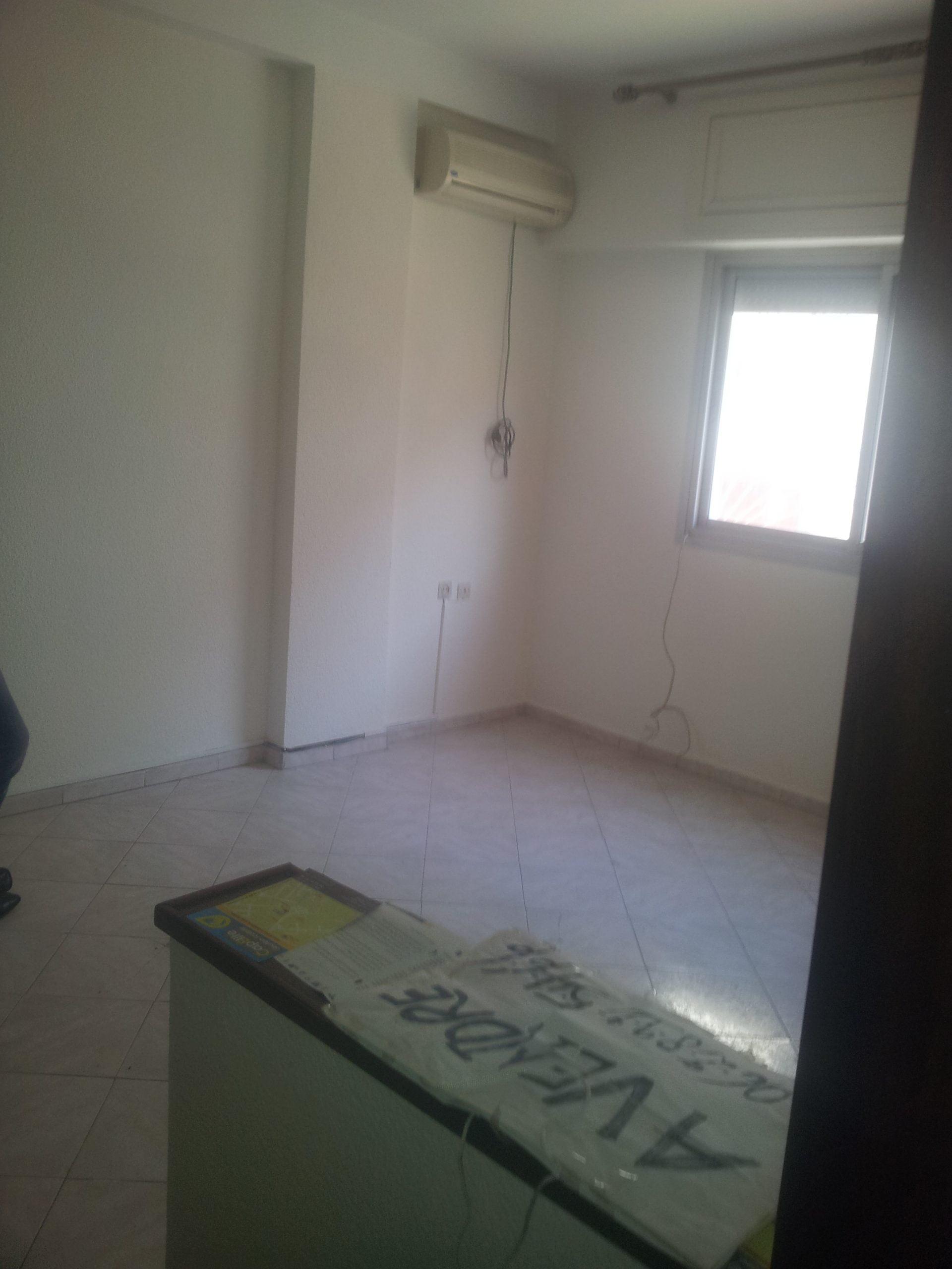 Minions Appartement F2 à Agdal