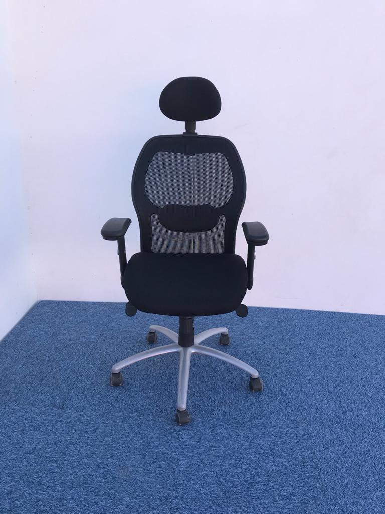 Chaise de bureau XTRA avec appuis tête