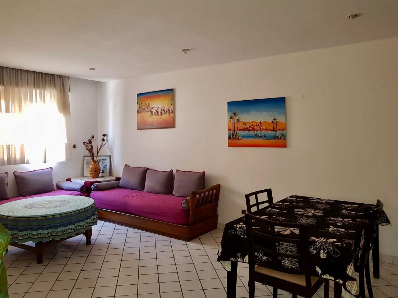 Grande appartement meublé bien situé au centre ville hassan 2