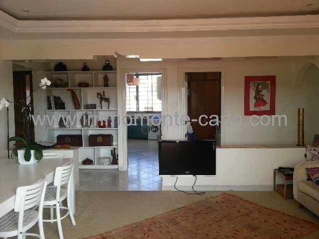 Très bel appartement avec grande terrasse en Haut Agdal