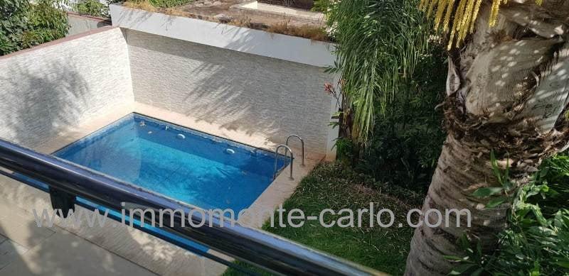 A louer villa haut standing avec piscine à Hay Riad Rabat