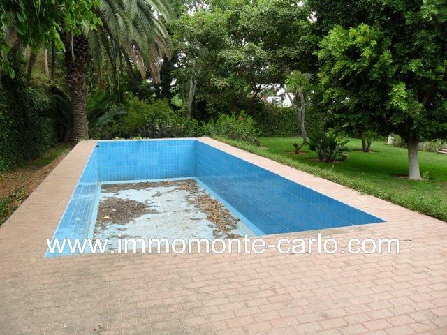 Charmante Villa avec piscine à Souissi RABAT