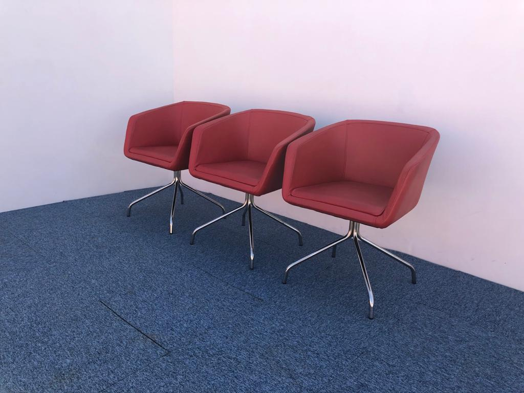 Ensemble trois fauteuils accueil simili-cuir