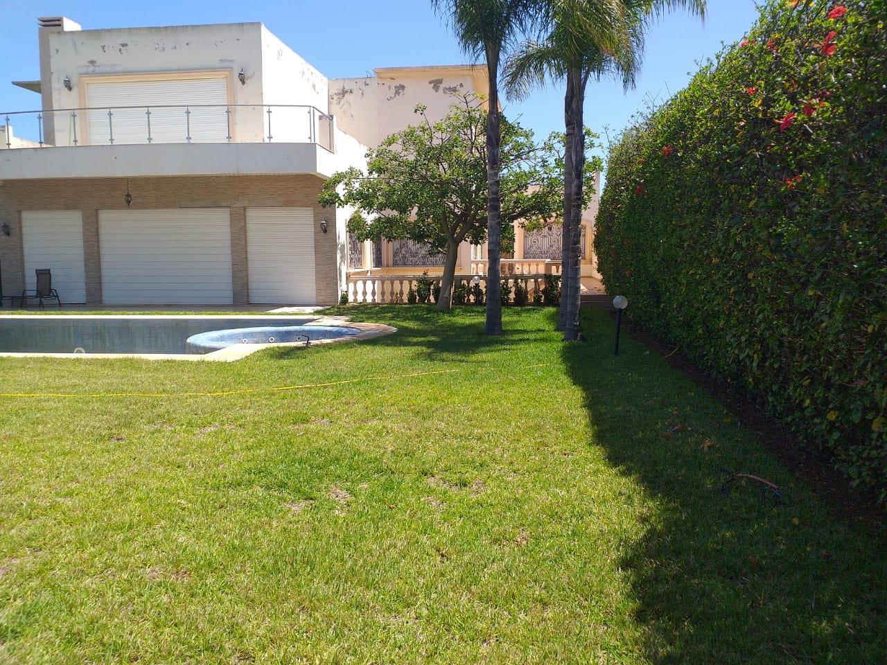 Super Villa a vendre ain diab à Casablanca