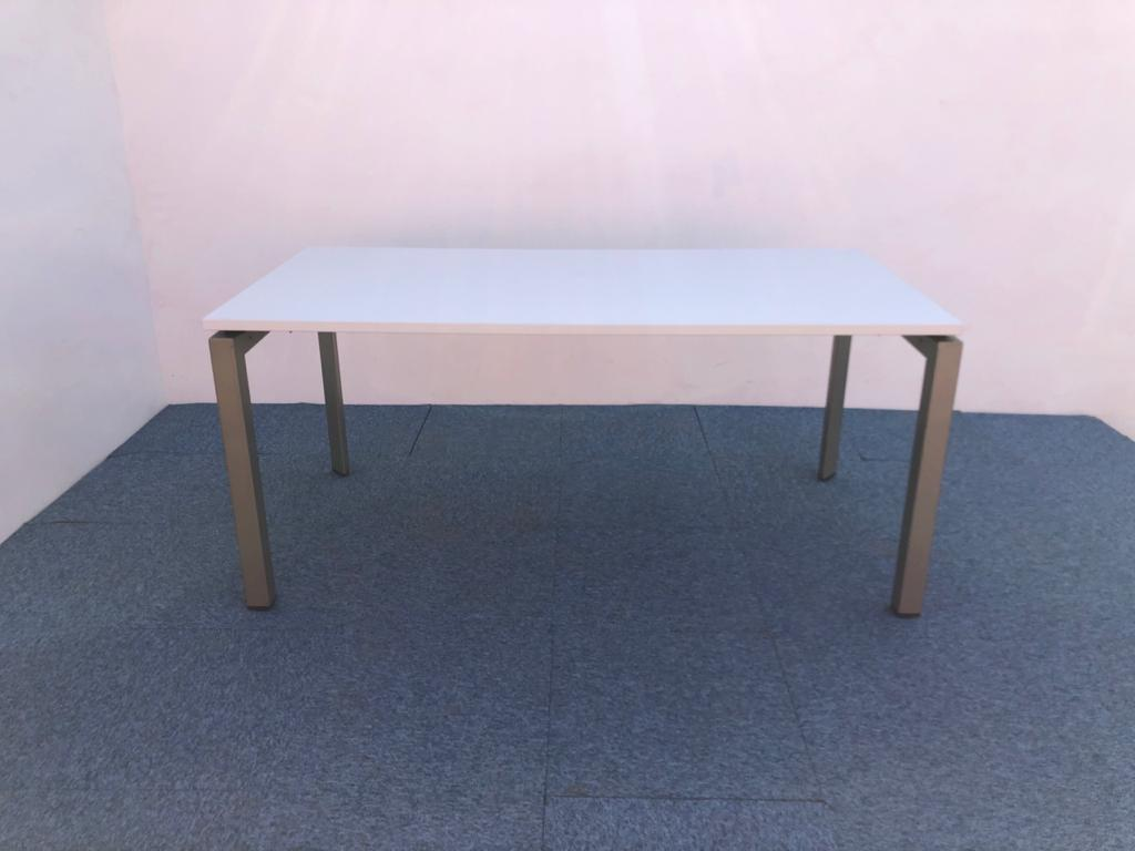 Bureau droit blanc 160x80cm