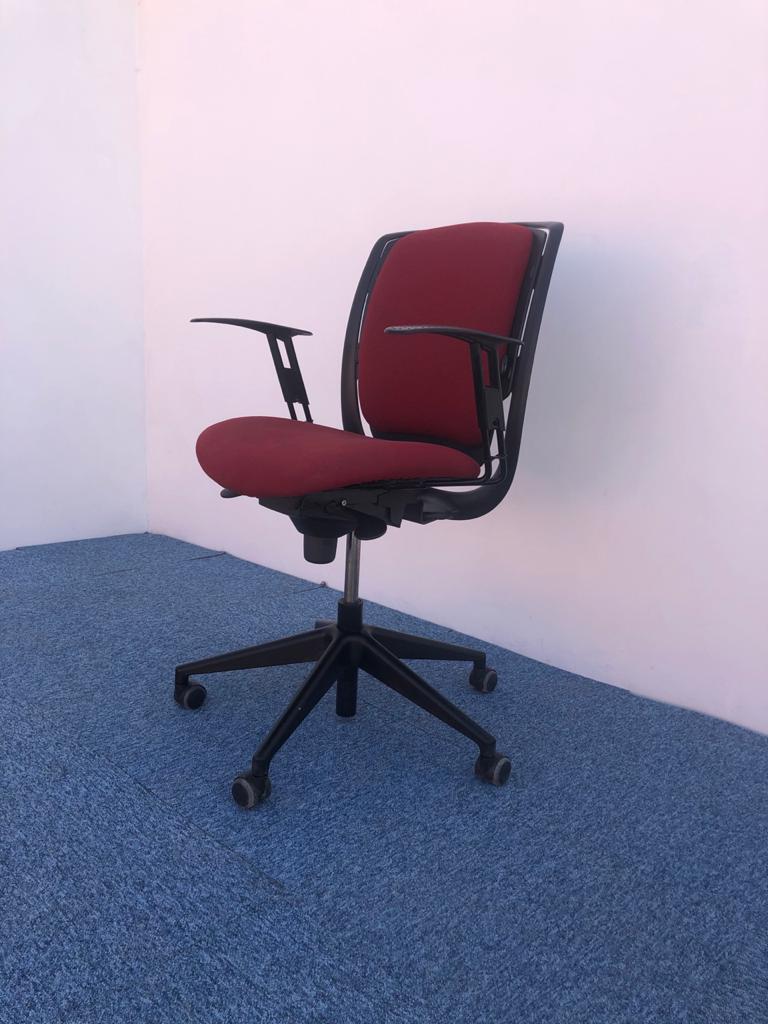 Chaise de bureau à roulette Eurosit
