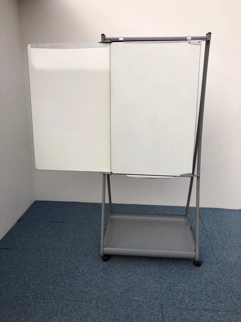 Tableau blanc waterboard extensible sur roues