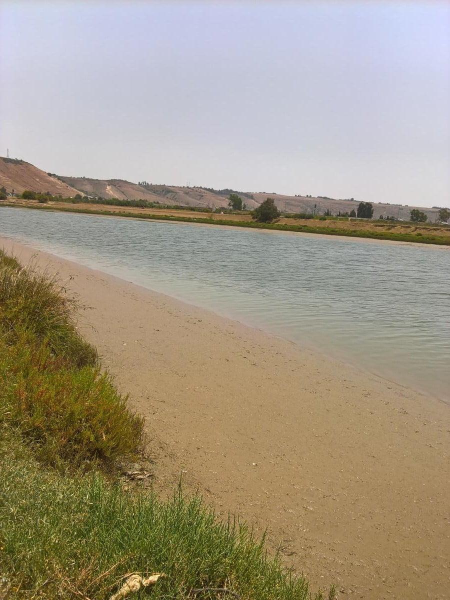 Terrain 3H5A pied dans l'eau sur Bouregreg