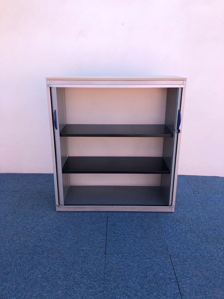 Armoire métallique Steelcase 120x130cm avec roue
