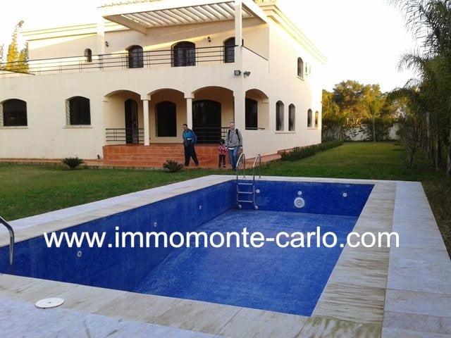 villa d'architecture moderne neuve avec piscine à Soussi