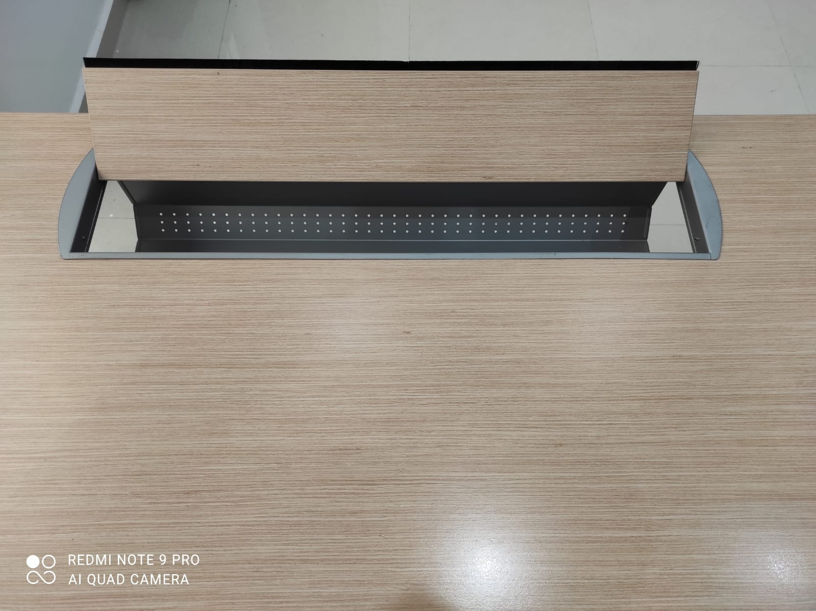 Bureau droit Steelcase modulable avec retour