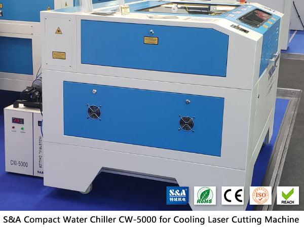 Refroidisseur d'eau CW5000 pour découpeurs laser non métalliques