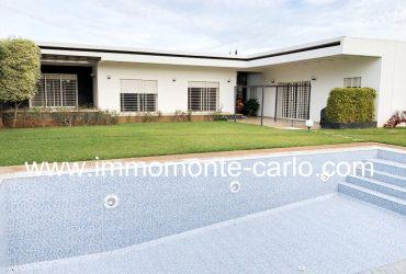 Villa neuve et moderne avec chauffage central et piscine à Souissi