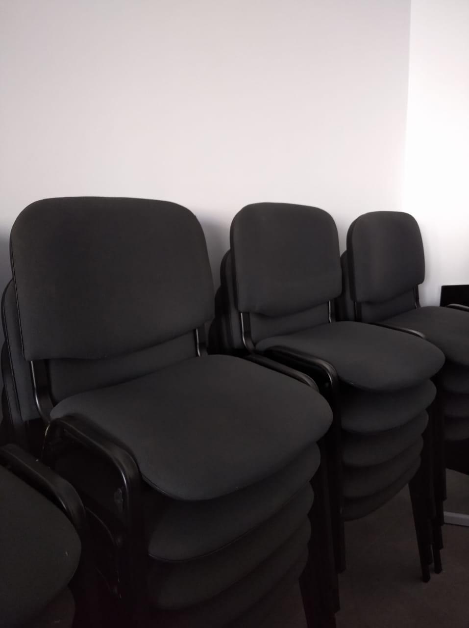 Lot 10 chaise visiteur iso