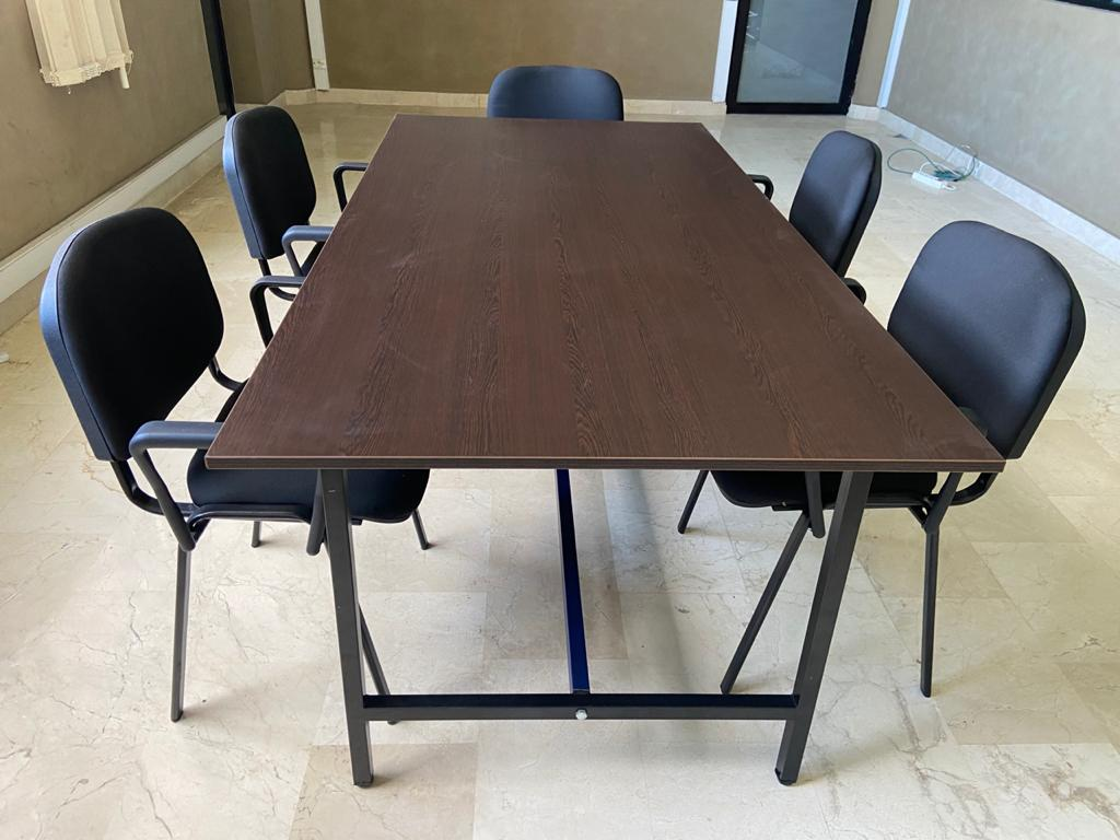 Table réunion 200X100 + 5 chaises