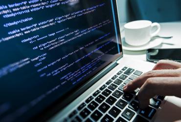 recrutement pour le post de developpeur web