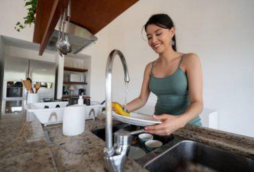 ménagère professionnel a domicile qui dort ou pas