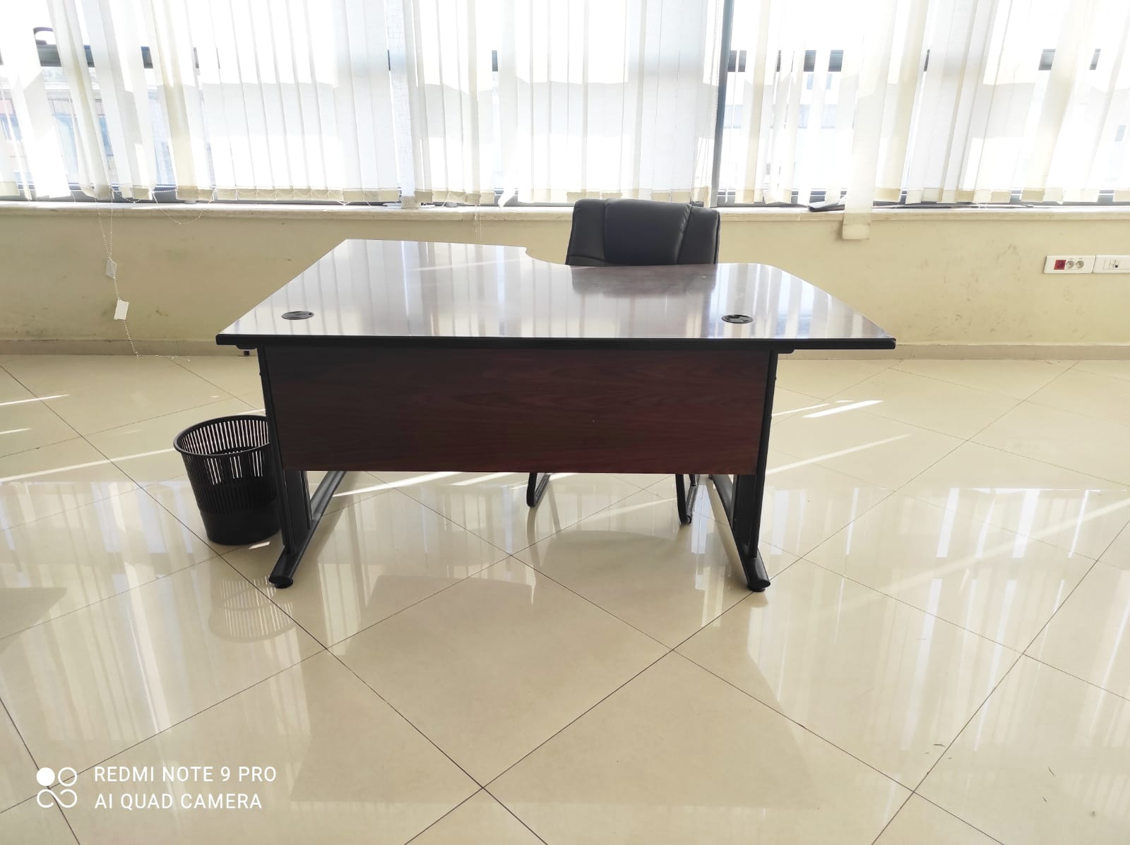 Bureau angle 160x120cm marron
