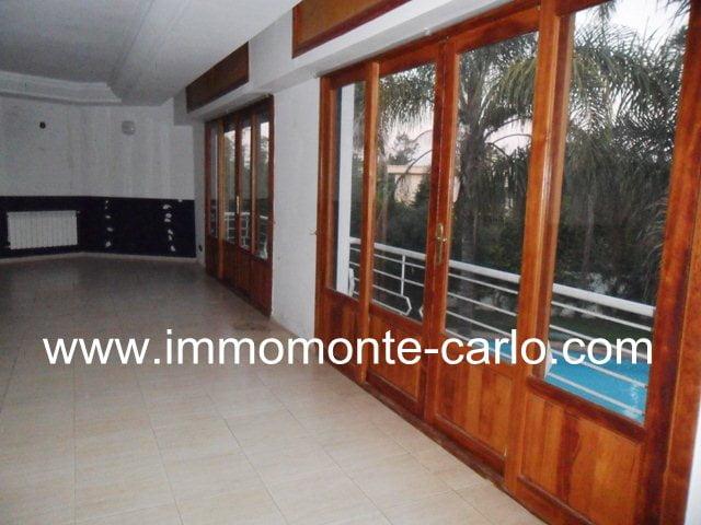 Très belle villa à louer à Rabat Souissi
