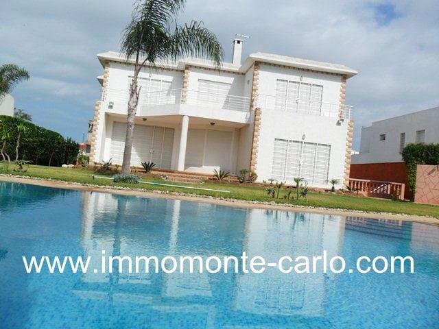Location villa haut standing avec piscine à louer à Souissi Rabat