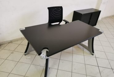 Bureau angle Steelcasse chaise caisson armoire 120cm