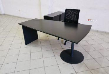 Ensemble bureau de direction noir mat chaise armoire