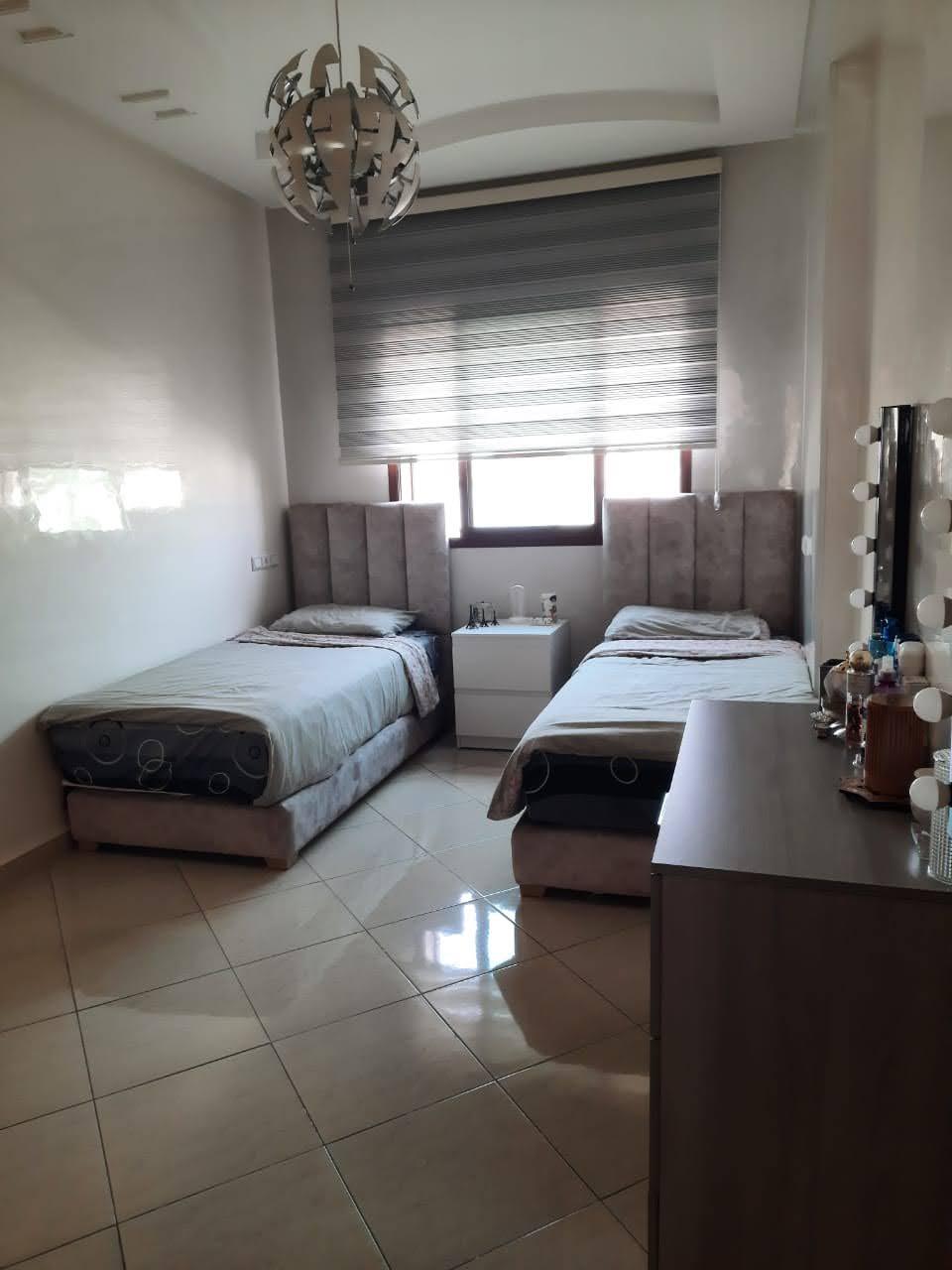 Appartement H.S de 210 m²au RDC à Beauséjour