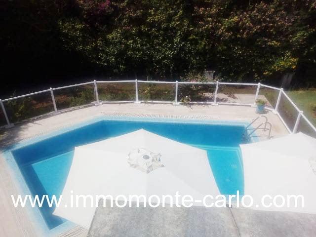 Villa avec piscine et chauffage central à louer  Hay Riad RABAT
