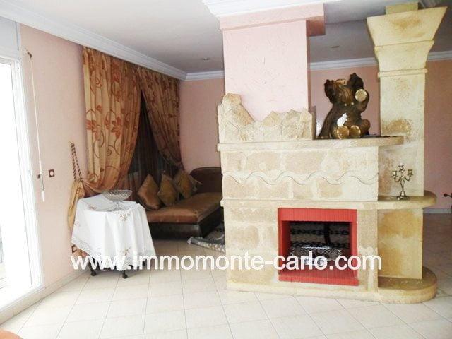 appartement meublé  avec une grande terrasse couverte à Agdal