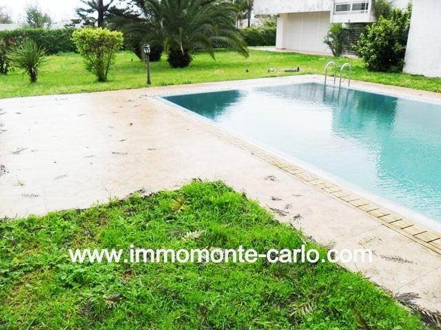 En location villa avec piscine à Souissi RABAT