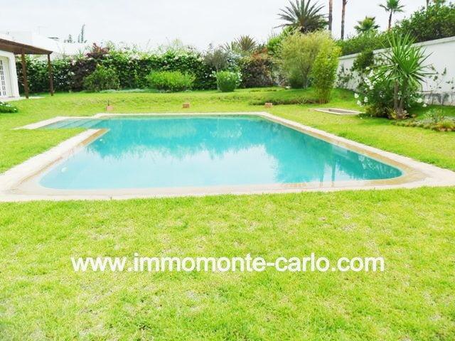 Jolie villa de plain pied à Rabat au quartier Souissi