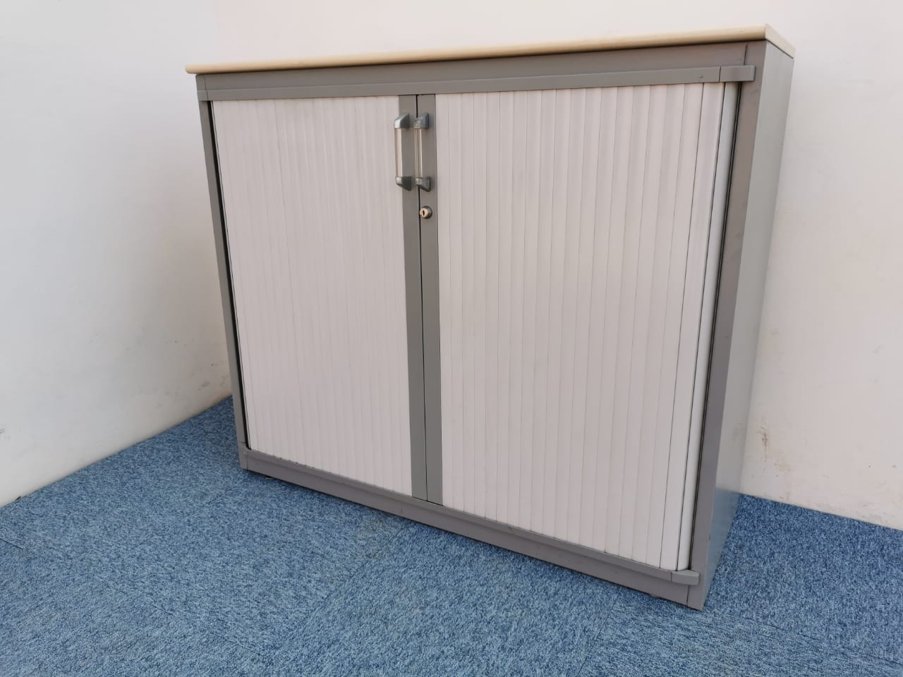 Armoire basse 120x100cm steelcase sans clé