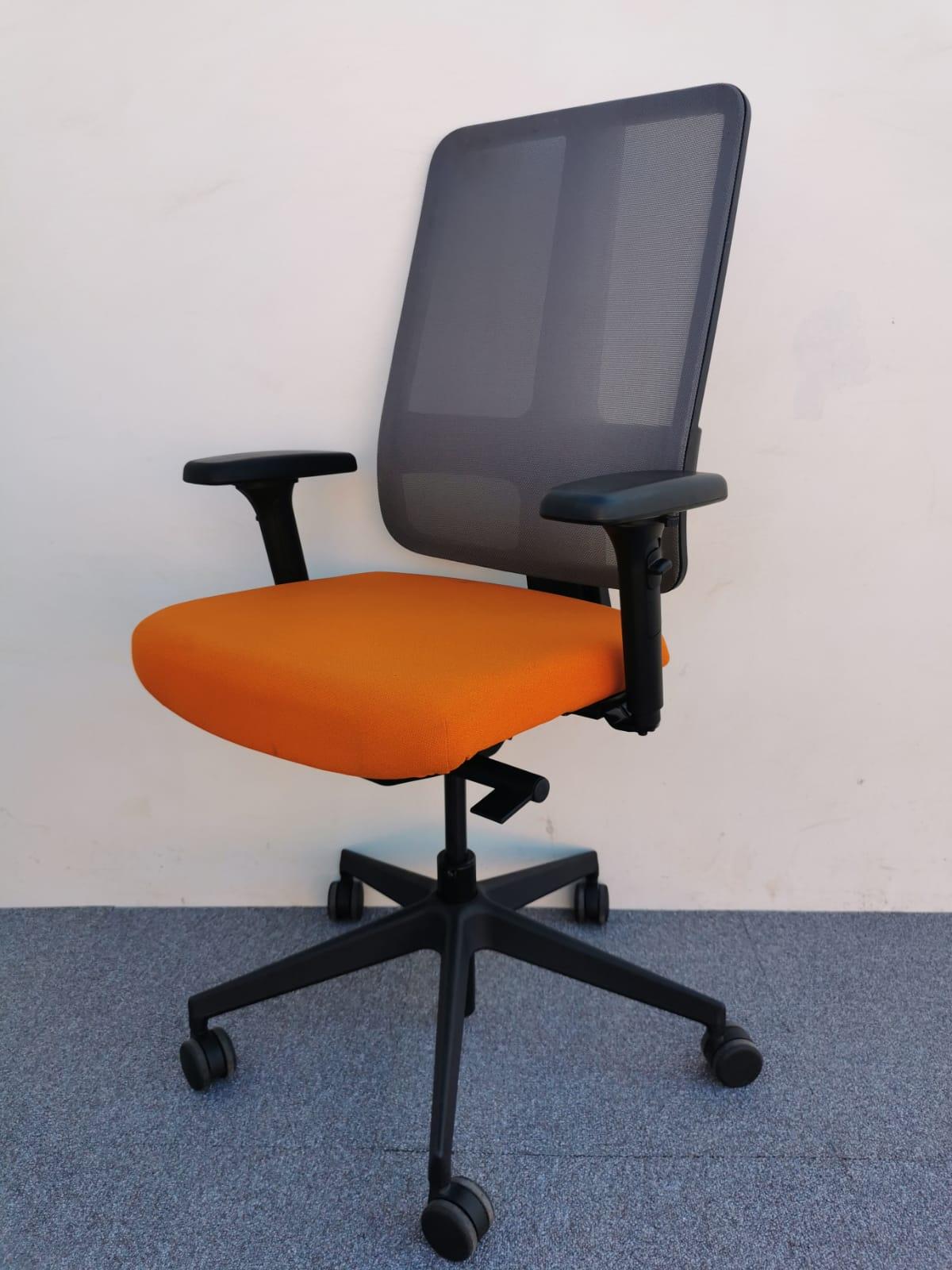Chaise à roulette magencia orange