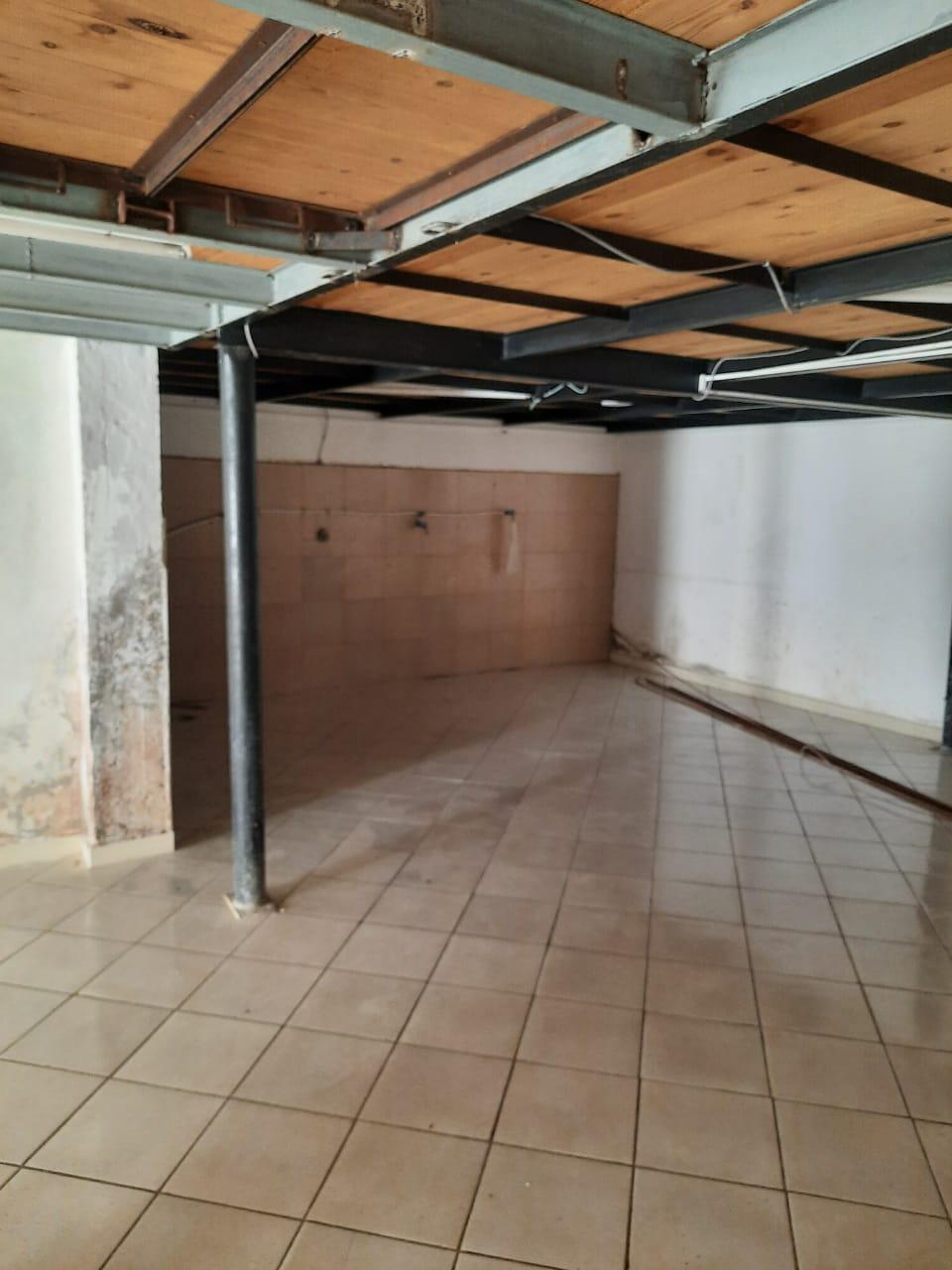 Magasin à louer de 180m² à Kbibat Rabat 12 000 DH