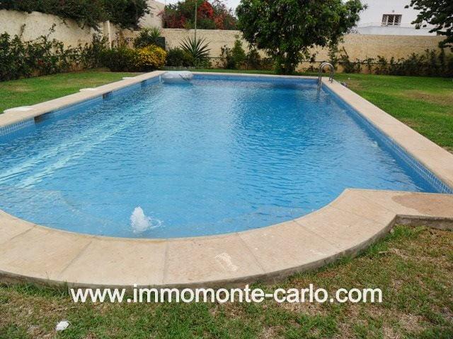 Magnifique villa avec piscine et chauffage à louer au quartier Souissi RABAT