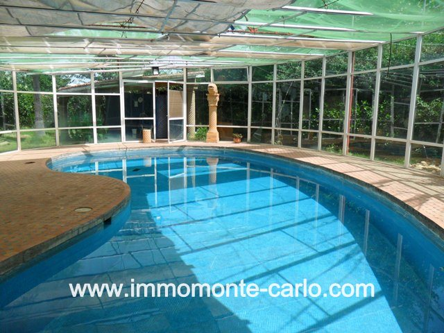 Villa avec piscine à louer au quartier Hay Riad RABAT