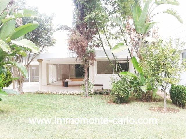 Villa neuve haut standing à louer au quartier  Souissi RABAT