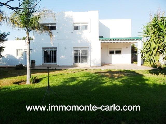 villa à louer à Rabat Hay Riad