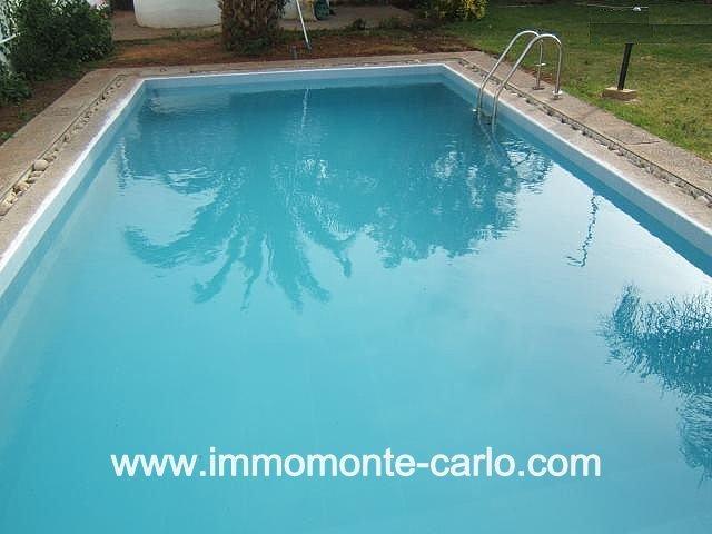 Location à Hay Riad villa avec chauffage central et piscine