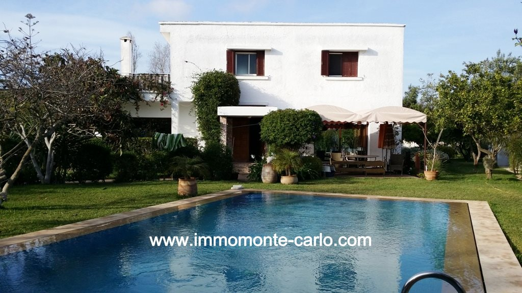Location villa avec piscine et chauffage central à  Souissi