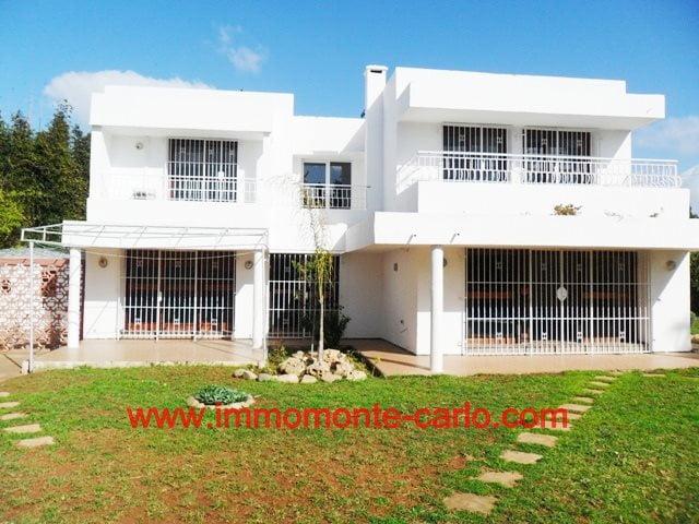 Villa a louer à usage bureau à Souissi à RABAT