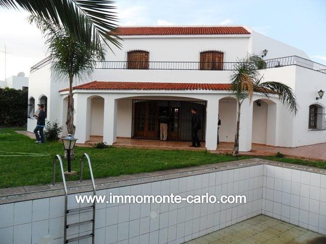 Location villa avec chauffage et piscine au quartier Hay Riad