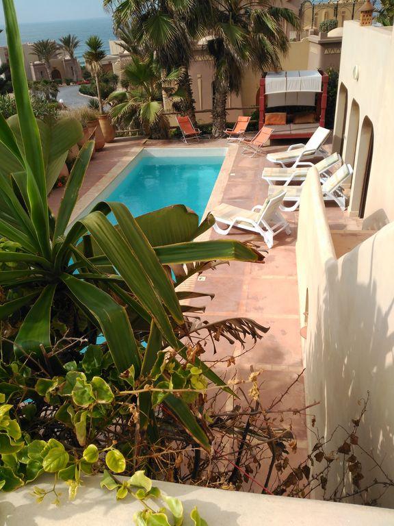 """Villa piscine face à L'oc""""an"""