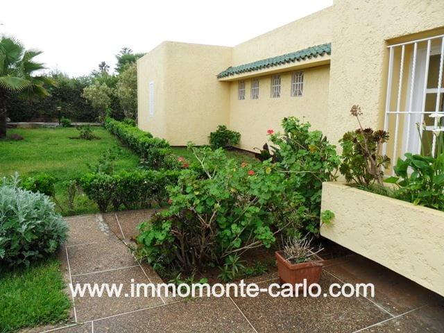 Location à Hay Riad Villa avec chauffage central à Rabat